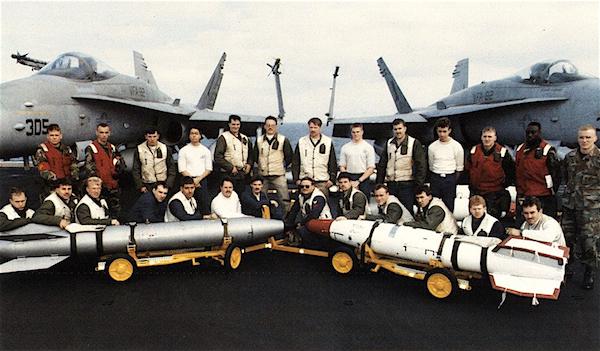 afloat_CV66_DesertStorm1991